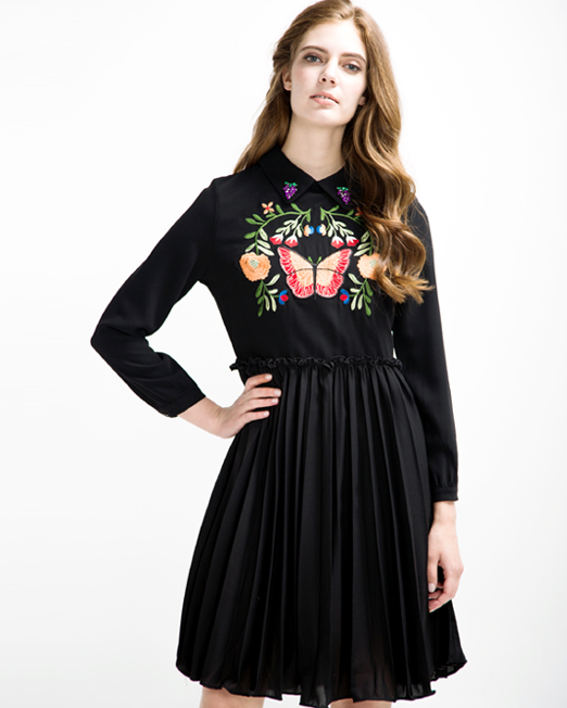Passion 1 Embroidered Pleated Dress | Melani di moda