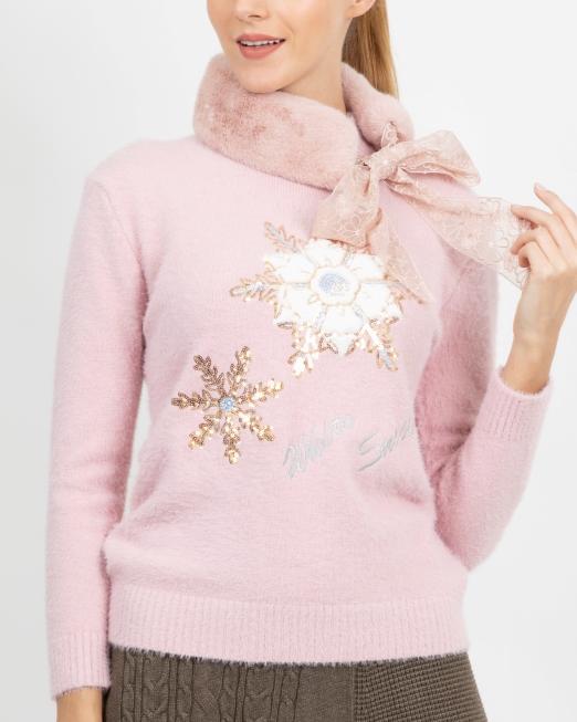 1044 EI 7844 pink fur scarf Womens Clothing & Fashion