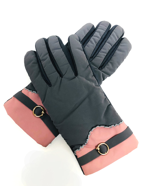 IMG 8676 retouched D0W1904P61 GY glove Womens Clothing & Fashion