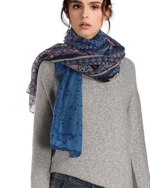 DESIGUAL FEATHER PRINT RECTANGEL SCARF3 Womens Clothing & Fashion