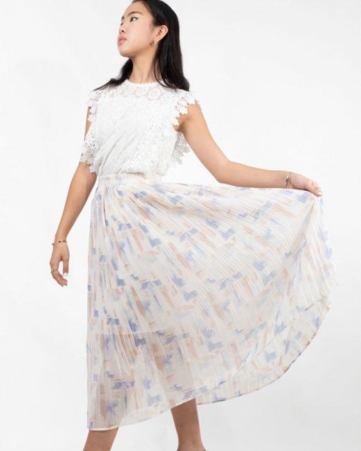 PASSION 1 BY MELANI LACE SLEEVELESS TOP3 522x652 Womens Clothing & Fashion